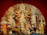 durga slays demon mahishasura