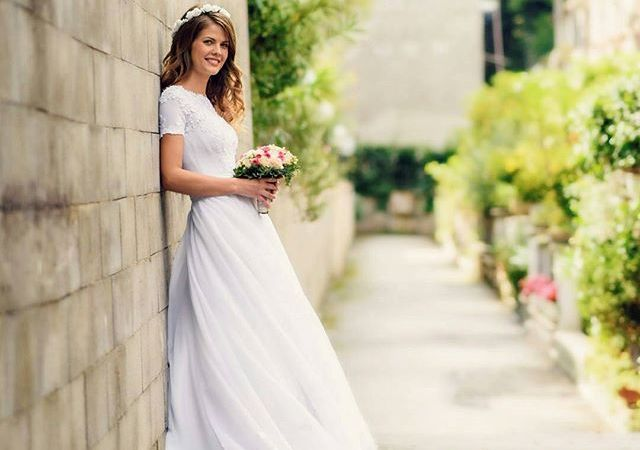 Instagram Post – Beautiful Dress  By @robertlupu_photo #love #wedding #weddingvideography #weddingphotography