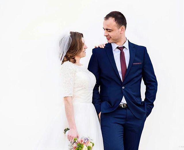Instagram Post - Into the whiteBy @robertlupu_photo#love #londonwedding #wedding #weddingvideography #weddingphotography