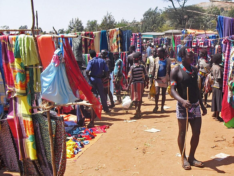Key-Afar-mercato-bancarelle-Omo Valley-Etiopia-Africa-market