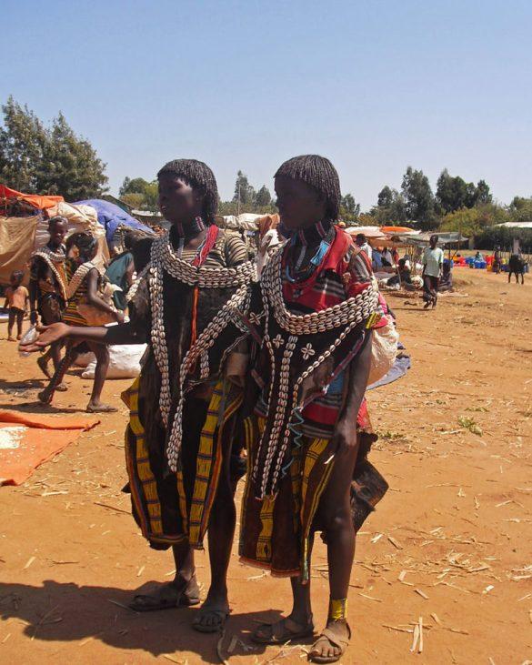 Key-afar-mercato-donne-Omo Valley-Etiopia-Africa-market