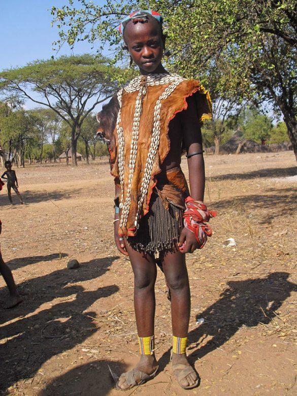 Tsemay-ragazzina-Omo Valley-Etiopia-Africa-tribes
