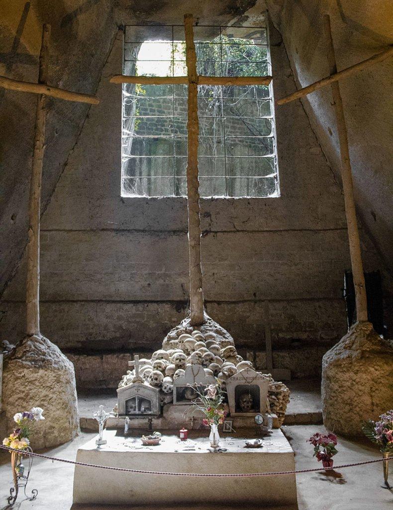 cimitero delle fontanelle-Catacombe di Napoli-Napoli-Campania-Italia