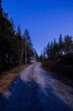 Månskenspromenad under stjärnorna