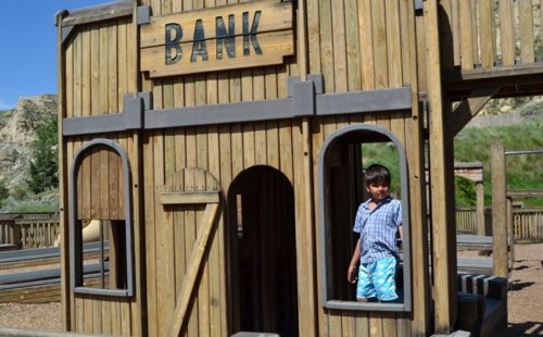 50-best-playgrounds-medora-childrens-park