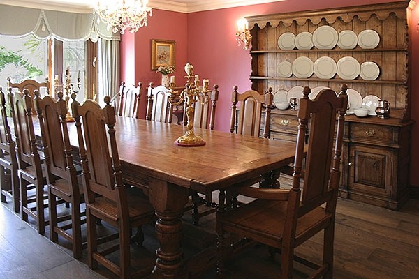 Antique Farmhouse Dining