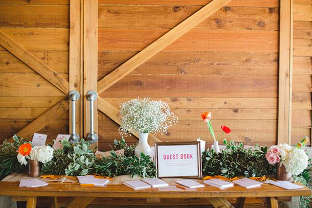 Colorful-outdoor-wedding-20