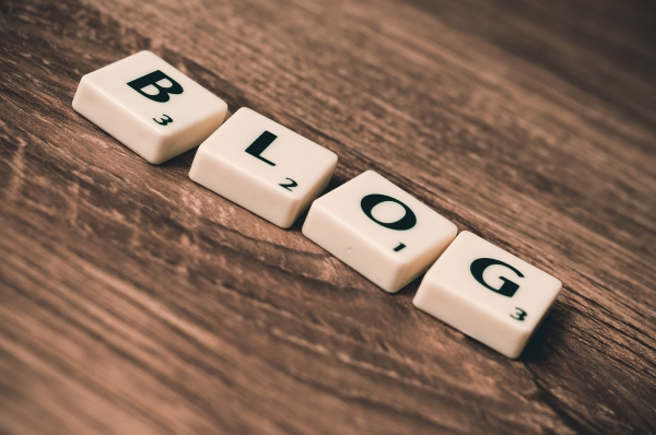 blog letters arranged