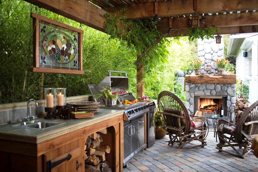 Outdoor Decks & Patios