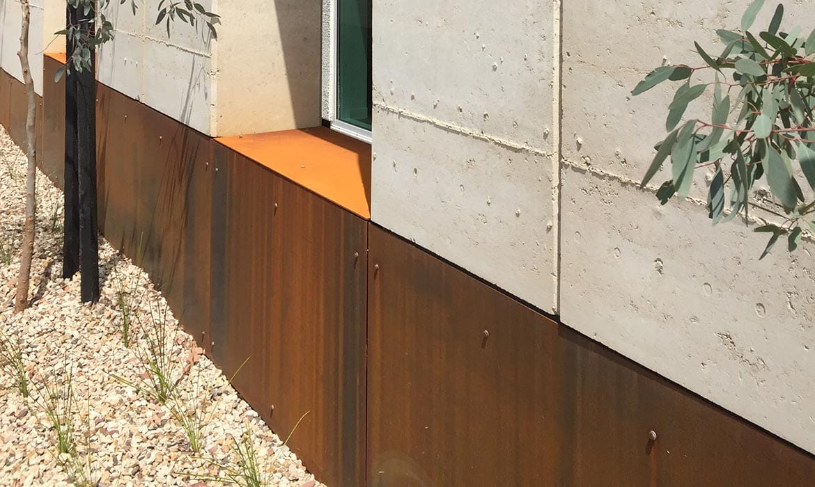 Read about the trend that is corten, brought to you by Earth House, which designs and builds rammed earth homes in Melbourne and Mornington Peninsula.