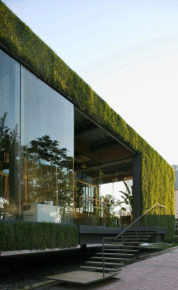 Read about the trend of the green roof, brought to you by Earth House, which designs and builds rammed earth homes in Melbourne and Mornington Peninsula.