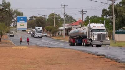 Fresh water arrives in Menindee