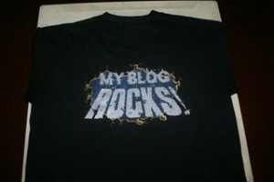 My Blog Rocks T-shirt Exclusive At Earthlingorgeous.com