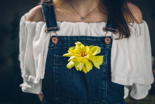 5 Ways to Wear Your Off-Shoulder Top