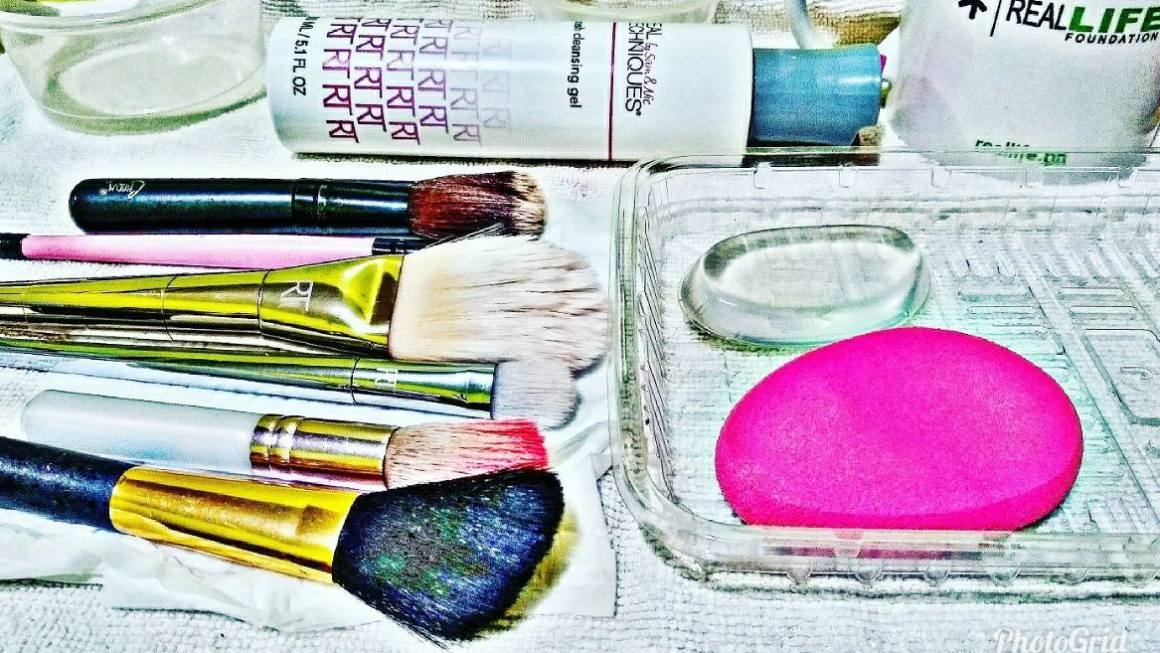 How To Clean Makeup Brushes and Beauty Blenders/ Sponges