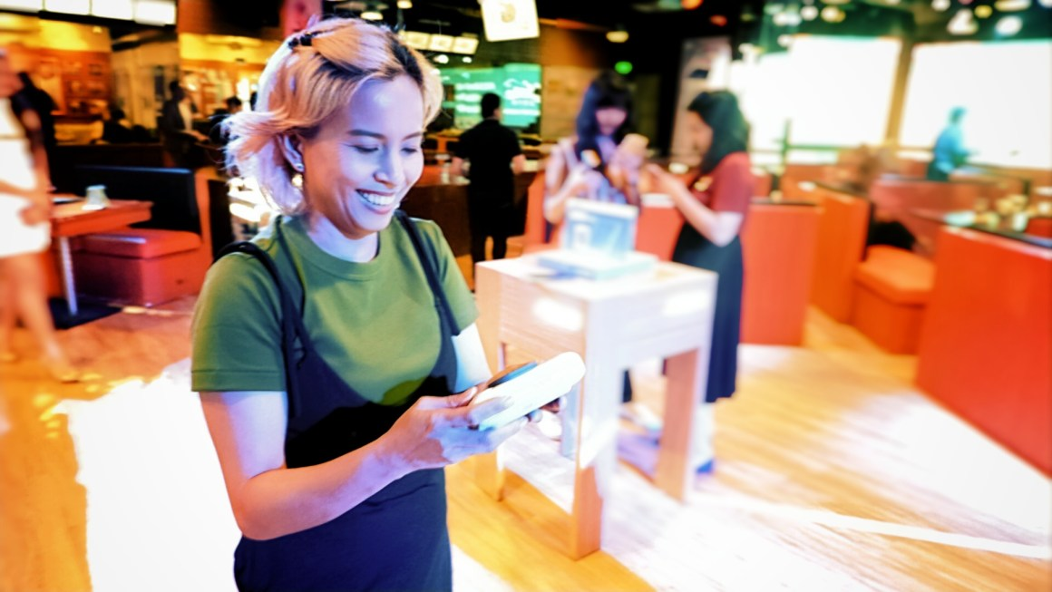 OPPO Philippines has 40% Off on Repairs and Parts at their Service Center