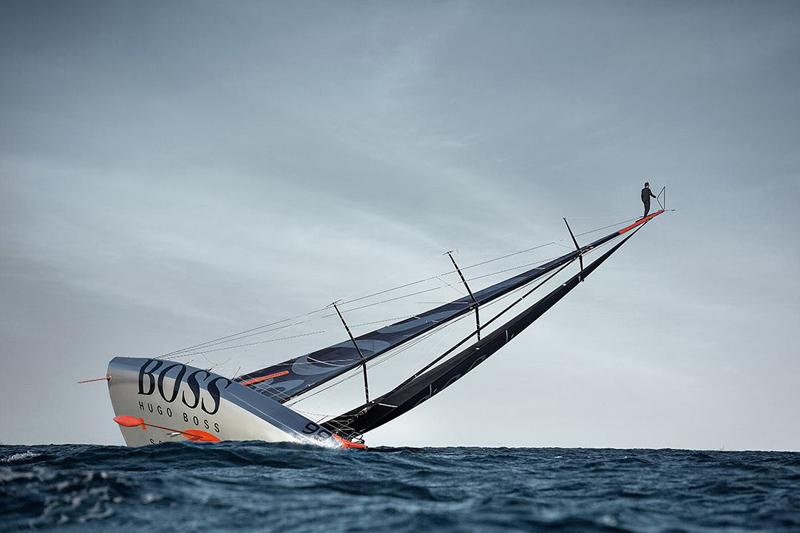 alex-thomson-mast-walk-top-of-sail