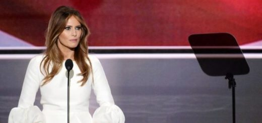 BREAKING : US First Lady Melania Trump Undergoes Kidney Surgery