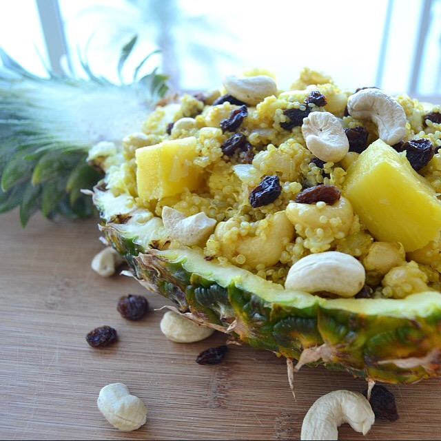 Vegan Pineapple Quinoa Curry – the ULTIMATE summer curry