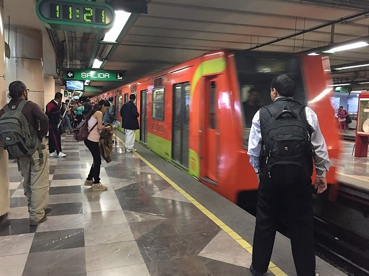 mexico city travel guide help with subways