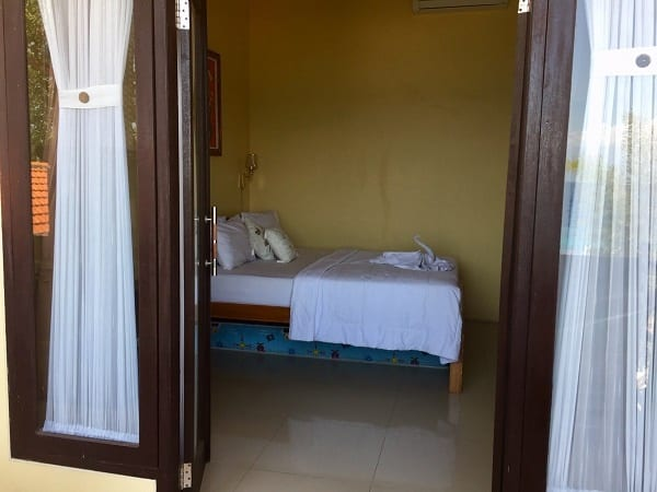 Deva Devi hotel bed, in the travel alert story on our hotel booking story