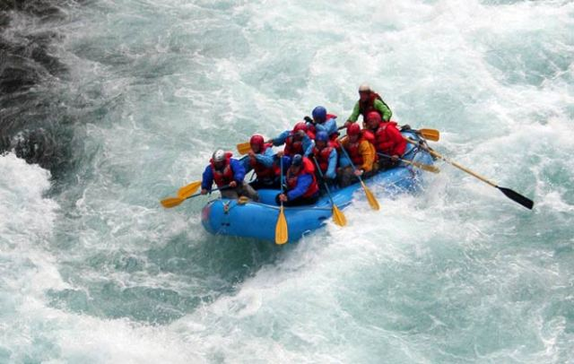 Enjoy River Rafting in Rishikesh