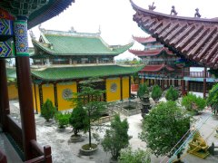 Xiang-Lin-Temple-Long-Gang