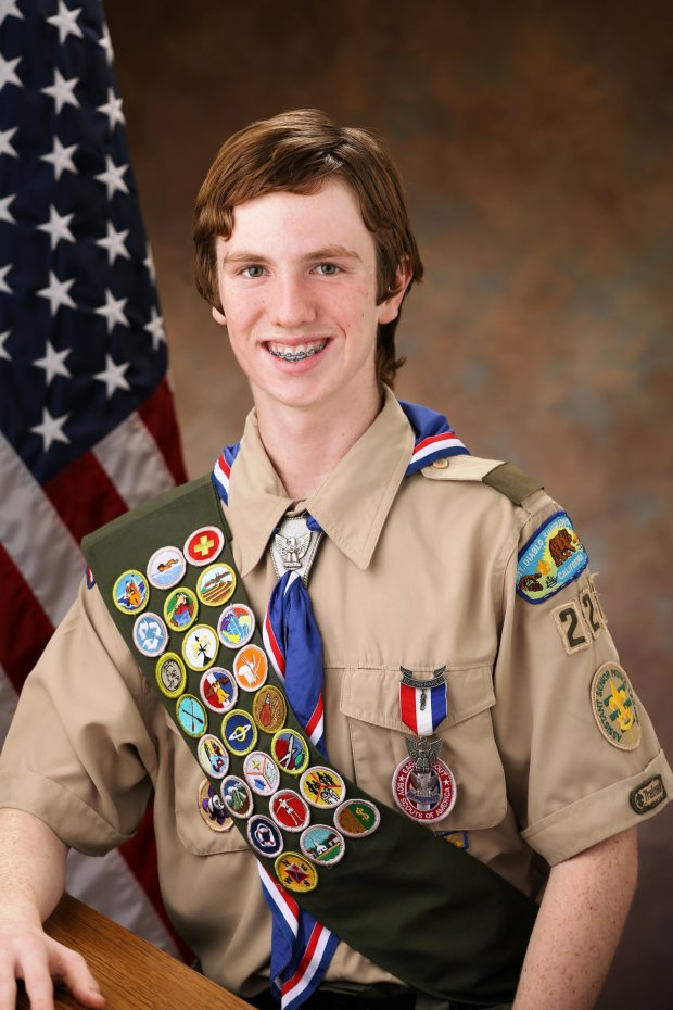 Alexander Igoe, of Pleasant Hill, has earned the rank of Eagle Scout.