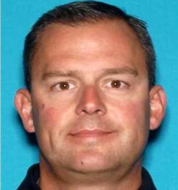 Kevin Robert Fitzgerald, 46, is wanted on charges of stealing $200,000 in afraud scheme. -- *Nate Gartrell* Contra Costa County courts reporter | Editorial ngartrell@bayareanewsgroup.com 925-779-7174 Direct @NateGartrell bayareanewsgroup.com *Over 5 million engaged readers weekly*