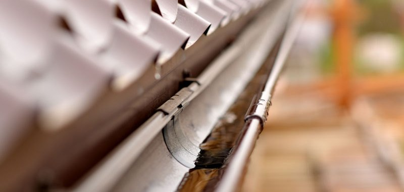 Keep Your Gutters Clean for Fall with these Tips