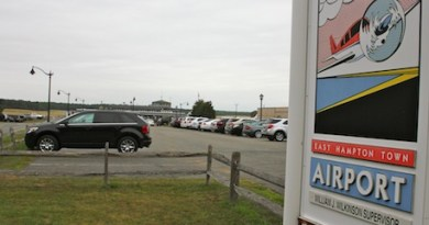 East Hampton May Consider Closing Airport