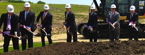 Kansas politicians broke ground on a new bio-defense lab to replace  the lab at Plum Island May 27.  |  Kansas Governor Sam Brownback official photo