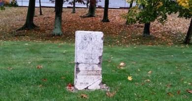 Benjamin Franklin Mile Marker #8