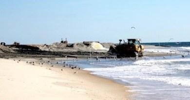 Replenishing Southampton's ocean beaches in October, 2013