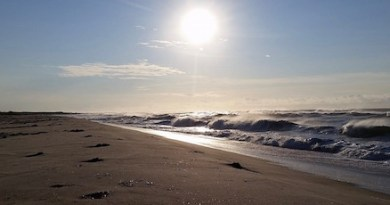 Storm waves, Hampton Bays