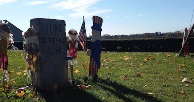 The Manor Hill Mile Marker, Cutchogue