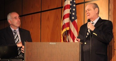 Southold Town Supervisor Jay Schneiderman and Drew Scott at Wednesday's forum.