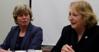Elaine DiMasi and Kate Browning at PEER's Jan. 23 forum.