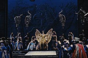 A scene from Rossini's Semiramide. Photo by Winnie Klotz