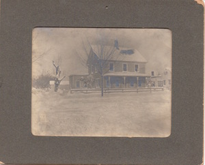 The Guild's original location, across the Main Road from its current location in downtown Cutchogue.