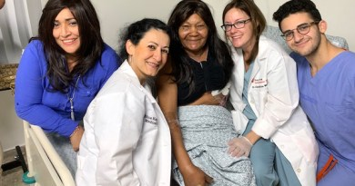 The 2019 team, from left: Meriz Yliana Guzman Cabrera- Patient Navigator, Island Impact; Edna Kapenhas, MD, Breast Surgeon; A Patient; Christina Wolchok, DO- Surgical Resident; and Michael Valdes | Photo courtesy of Dr. Edna Kapenhas.