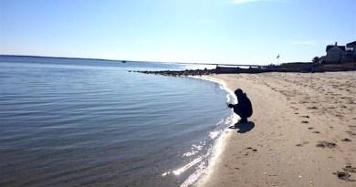 Social distancing, New Suffolk
