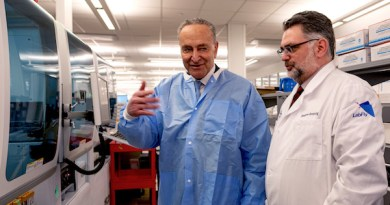 Sen. Chuck Schumer and Northwell Health's Dr. Dwayne Breining tour Northwell Health's Core Lab in Lake Success, NY on March 2. Northwell will begin testing for COVID-19 this week. | Northwell Health photo