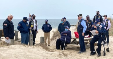 Submarine Veterans New Suffolk Beach