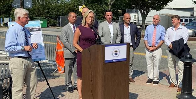 South Fork elected officials at the Aug. 27 announcement of the reinstatement of the South Fork Commuter Connection