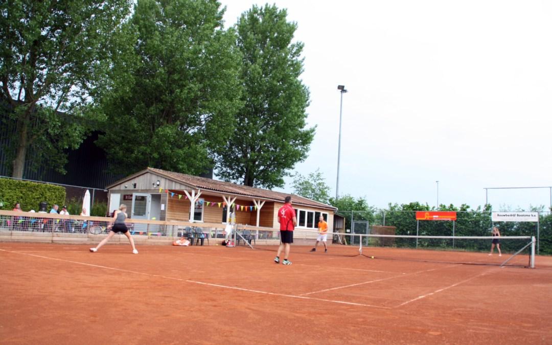 Tennis met een kennis toernooi