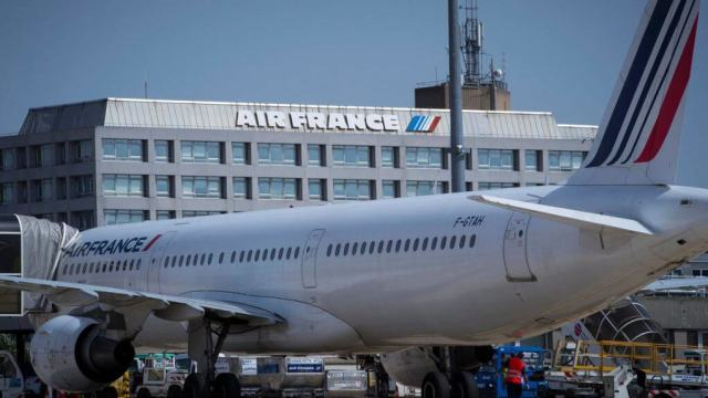 Air France launches cost hunt to reduce the impact of the coronavirus e1582772481901