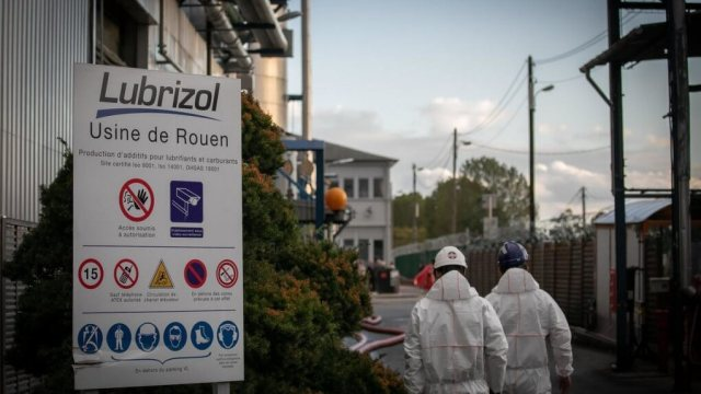 Fire in Rouen Lubrizol under investigation for the environmental damage of the disaster