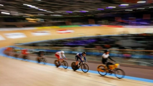 Track cycling the French tough at the Berlin Worlds