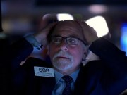 Wall Street plunges at the opening always more anxious about the coronavirus